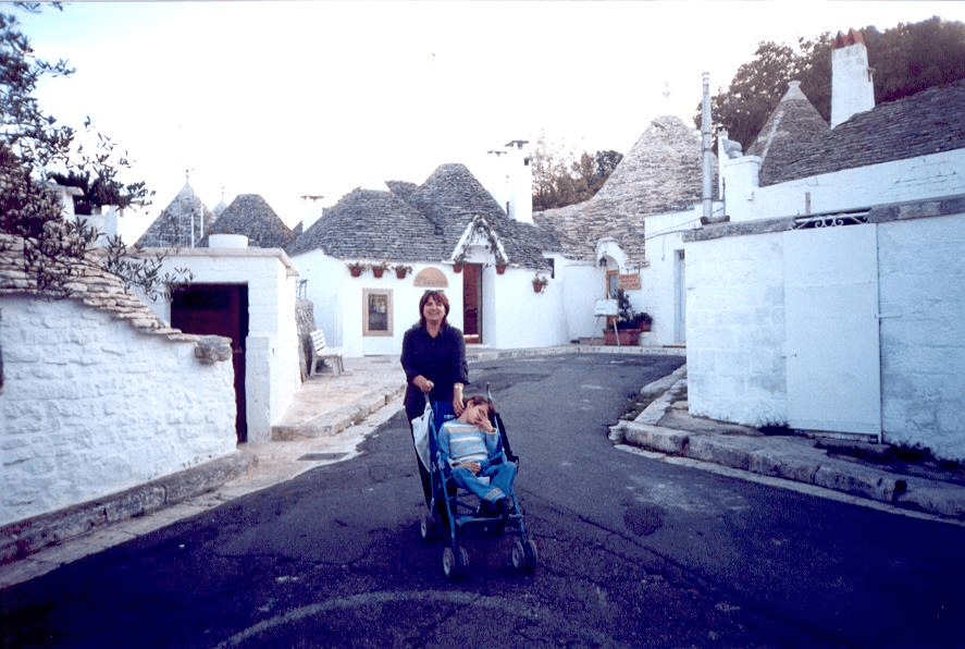 A view of the visit to Alberobello.