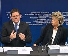 Viviane Redding EU Vice-president and Adam Kósa, MEP