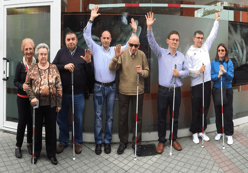 People with Cane Deafblind